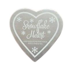 Makeup Revolution Snowflake Heart Rozświetlacz do twarzy