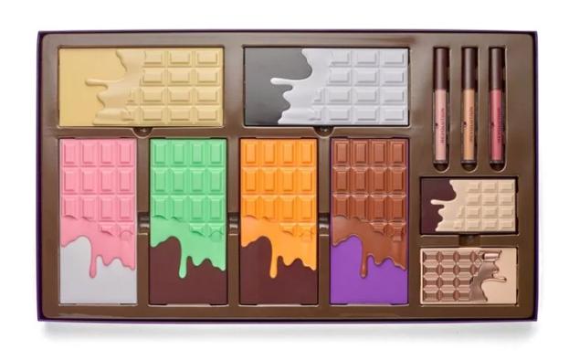 Makeup Revolution Chocolate Vault 2 Zestaw Wyjątkowy Prezent